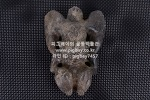 W168. 홍산문화 석  -자석붙음, 세로로 서질 않음, 여기저기 알튐이 많음- (1.8kg)