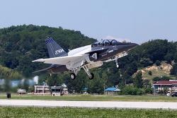 미국 수출형 고등훈련기 T-50A, 첫 비행 성공