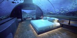 World's First Underwater Villa Offers Spectacular Living 16 Feet Below the Sea 세계 최초 해저 빌라