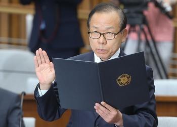 자유한국당 이채익 의원의 5.18 광주 민주화운동 언급, 지나가는 개가 웃는다