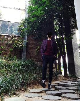 [남자 겨울 패션 데일리룩] 남자 겨울 와인 자켓 코디 & 남자 와인 니트 코디 with 남자 셔츠 니트 코디