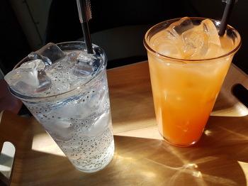 더운날 차한잔