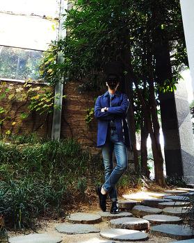남자 네이비 맥코트 코디 [베이직하우스] 맥코트 with 남자 차이나카라 셔츠 코디 (헨리넥 셔츠)