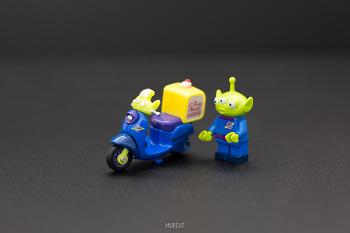 토미카 디즈니모터스 DM-02 침침 알린 외계인 피자 스쿠터