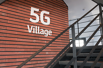 최첨단 5G 네트워크를 만날 수 있는 '평창 5G 빌리지'