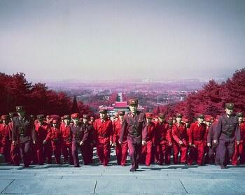 붉은 제국 북한을 창의적인 방법으로 담은 사진작가 Karim Sahai
