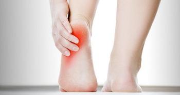 족저근막염 증상과 원인 및 치료법