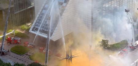우후죽순격 생겨나는 고층건물의 화재시 대피 요령 3가지