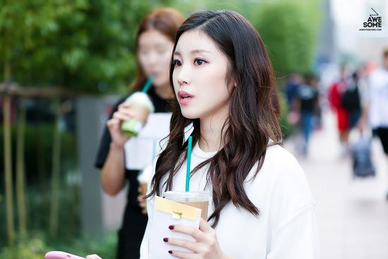 161001 DMC 페스티벌 '축제의 서막' 외출