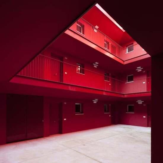 *산 중 마을의 아파트-[ Studio Wet, Antonio González Liñán ] 37 Viviendas
