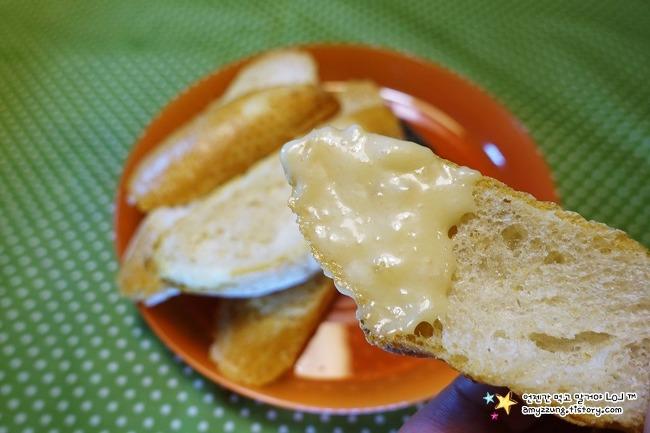 빵에 바르면 치즈보다 더 맛있는 '갈릭마요네즈 만드는 법'