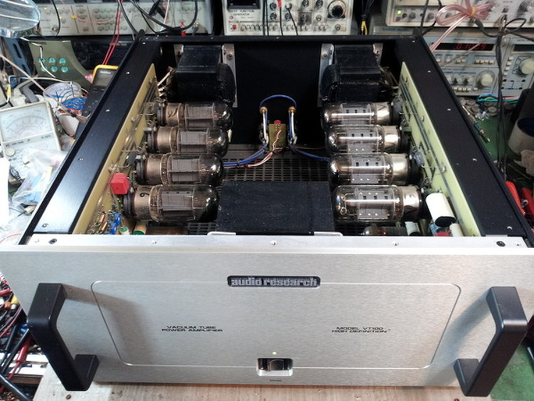 audio research tube amplifier vt100 수리작업..