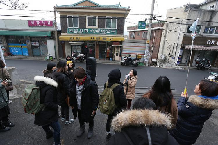 [리뷰] NEWStage 선정작 <아임-언-아티스트..