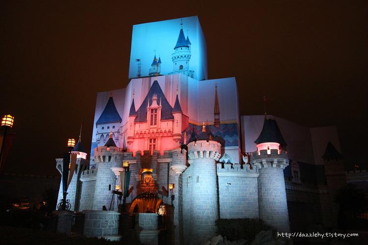 홍콩 디즈니랜드의 밤