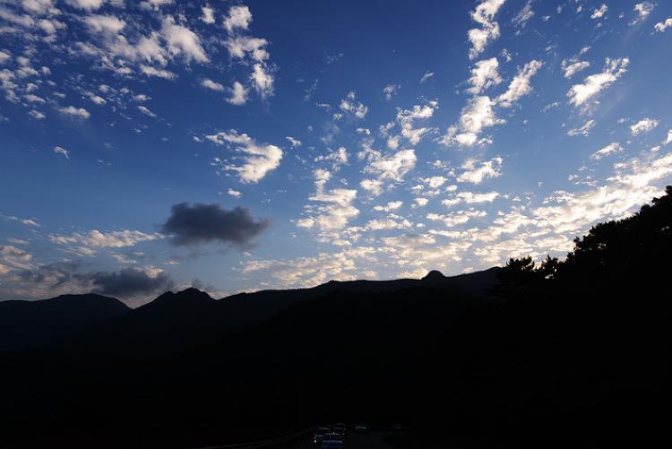 [풍경사진] 바다와 하늘이 만난, 하늘을 품은 가을 노자산의 풍경