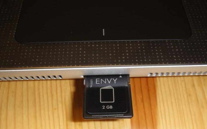 엔비15(ENVY15) 메모리카드 슬롯