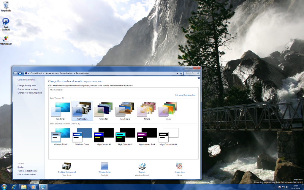13 Windows 7 Build 7032 Screenshots