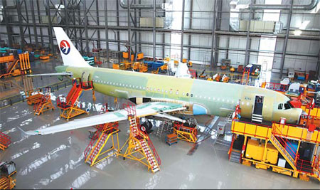 중국 동방항공에 인도될 A320 항공기 조립 현장