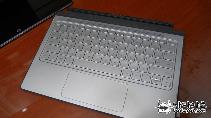 HP 스펙터 X2 12-a008nr 2 in 1 윈도우 태블릿PC 단점 사용 후기