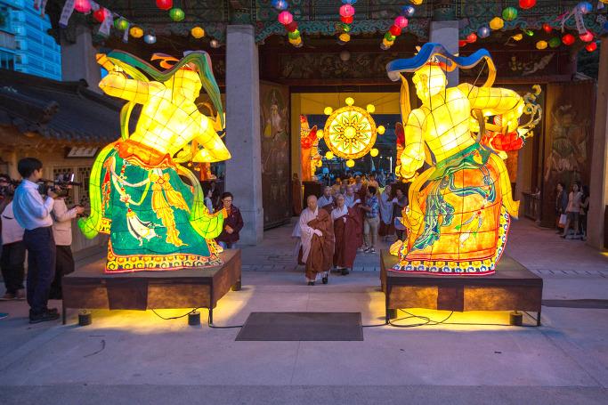 봉은사 전통등 전시회