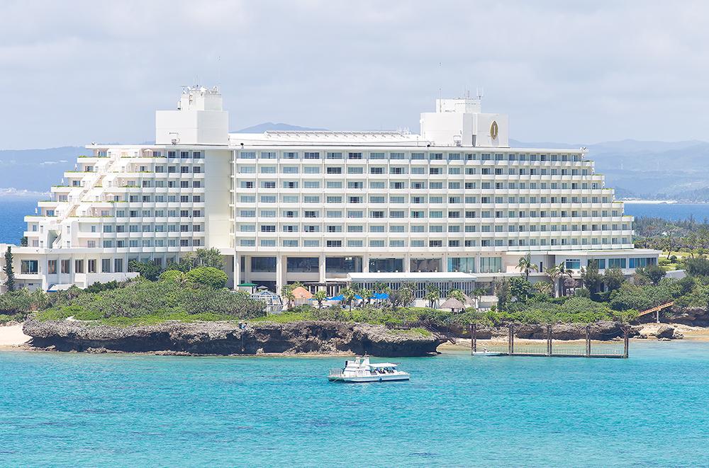 오키나와 여행, 오키나와 아나 인터컨티넨탈 만자비치 리조트 호텔