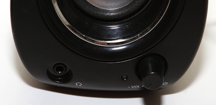 브리츠, BZ-500S ,Monster ,2채널 ,스피커,IT, IT 제품리뷰,제가 처음 썼던 컴퓨터 스피커가 생각이 나네요. 그런데 지금의 스피커는 성능이 많이 좋아졌습니다. 브리츠 BZ-500S Monster 2채널 스피커에 대해서 소개 합니다. 저렴한 스피커 이지만 성능은 괜찮은 스피커 입니다. 브리츠 BZ-500S Monster는 우퍼 없는 2채널 스피커이며 USB 전원을 이용하는 특이한 제품입니다. 덕분에 컴퓨터를 켜면 켜지고 컴퓨터를 끄면 스피커도 같이 꺼지네요. 참고로 완전히 USB 스피커는 아닙니다.