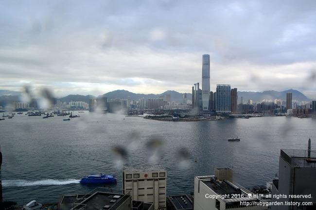 홍콩 여행 / 홍콩 호텔 / 전망 대박, 가성비 최고의 이비스 셩완 호텔 (홍콩 센트럴 앤 셩완 호텔 Hotel ibis Hong Kong Central and Sheung Wan)