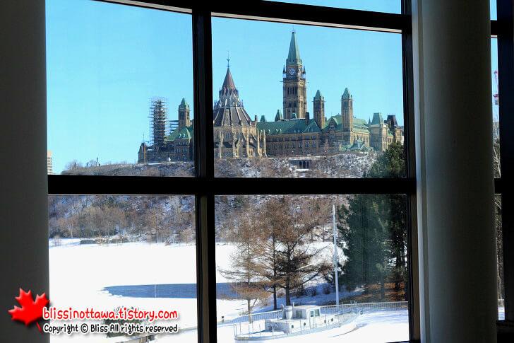 캐나다 국회의사당입니다