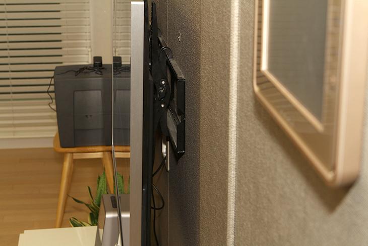 제노스, ZT-5504KUHD ,55인치 ,UHDTV, 화질 ,전력소모량 ,벤치마크,IT,IT 제품리뷰,거실에 가장 크게 보이는 것이 TV 인데요. 최근에 TV를 업그레이드를 했습니다. 제노스 ZT-5504KUHD 55인치 UHDTV 화질 전력소모량 벤치마크를 해보고 실제로 사용해본 느낌을 적어보려고 합니다. 간단히 글을 적기에는 이번에 여러가지 너무 많이 활용을 해 봤는데요. 참고가 되실 겁니다. 제노스 ZT-5504KUHD 55인치 UHDTV는 국내에서 제조되는 대기업 정품 패널을 사용합니다. 모든 부분을 좋은 제품을 사용하는데요.