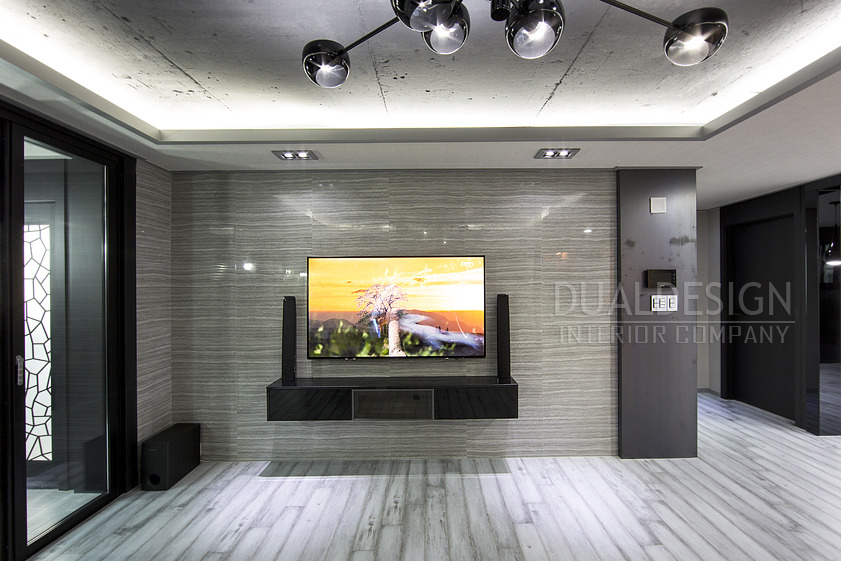 [40평대아파트인테리어]노출천장과 카페같은 분위기의 거실 ...