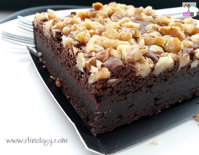 starbucks Chocolate brownie