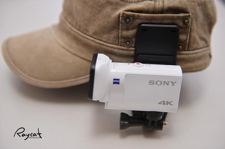 모자에 부착한 액션캠