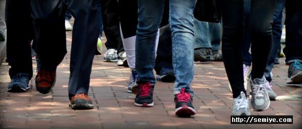 걷기운동-운동-알츠하이머 치매-빠른걸음-인지기능-전전두피질-해마-뇌부위 용적-뇌 노화-치매예방-건강-장수-수명-힐링-웰빙-다이어트-고혈압-당뇨-비만-알츠하이머치매