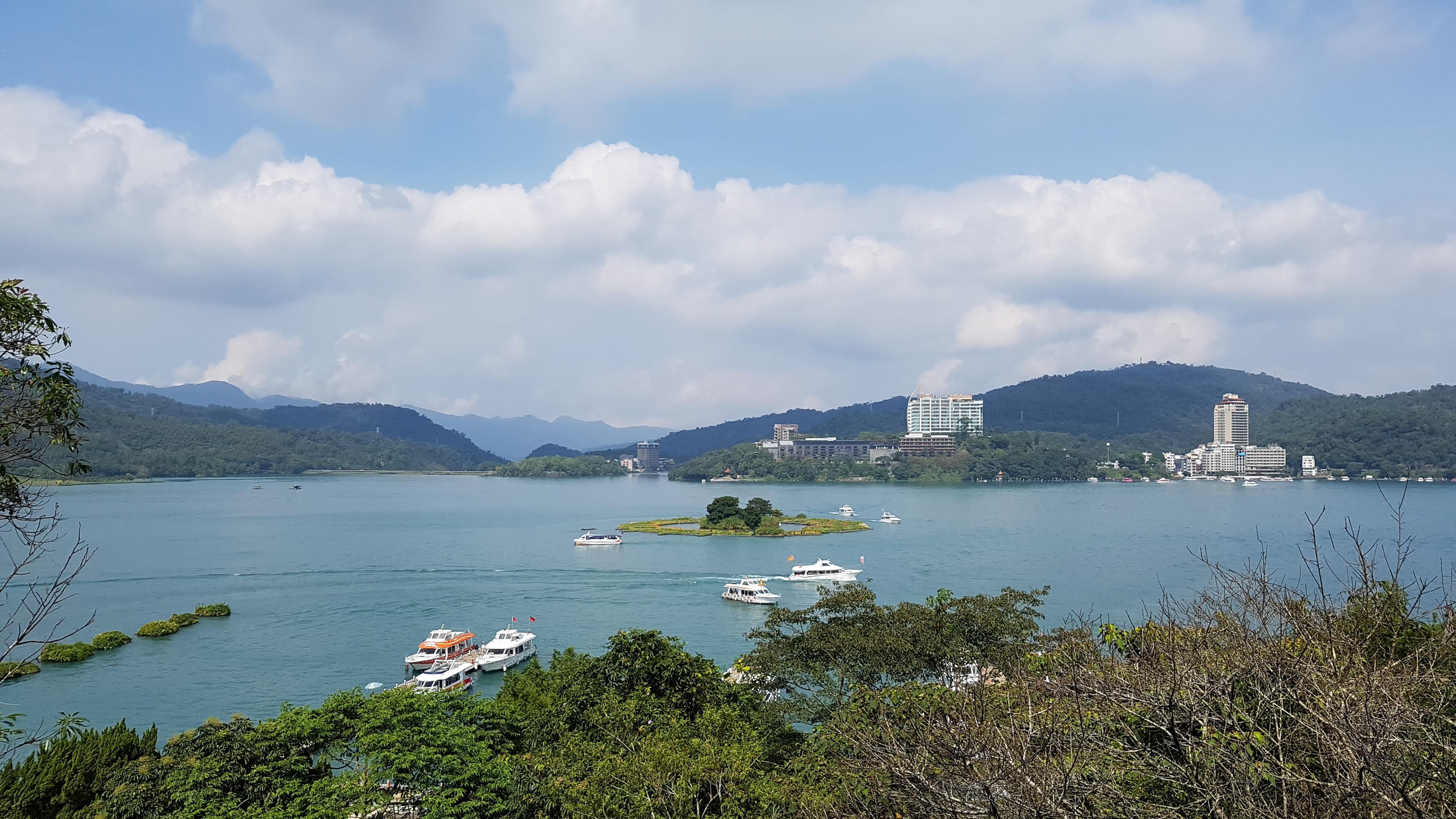 [대만] 호수 도시 르웨탄의 현광사