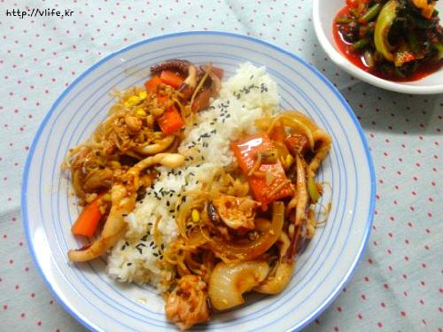 콩나물 오징어 덮밥