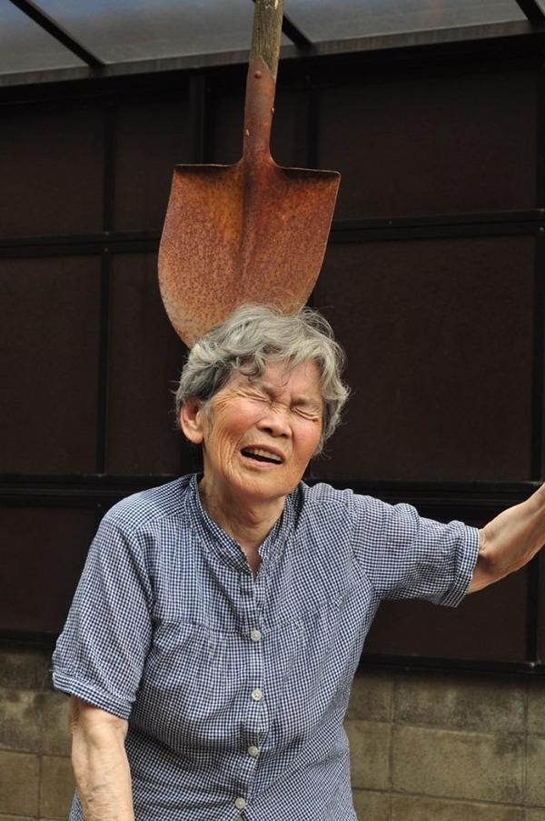 일본의 엽기 사진 전문 할머니4