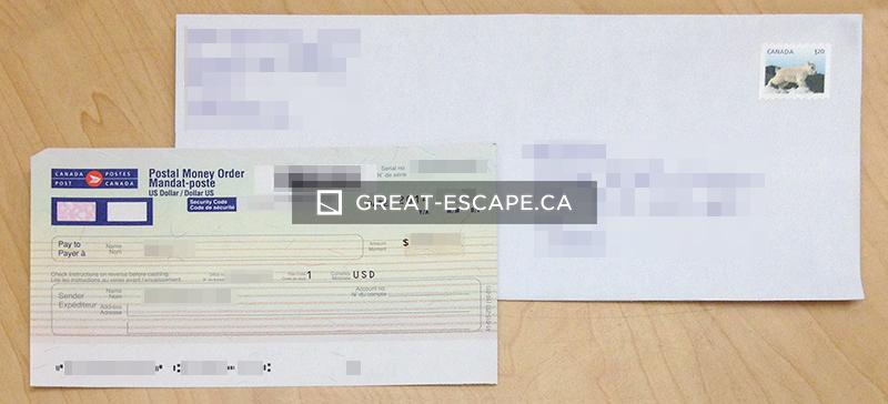 머니오더와 우표가 붙은 우편봉투