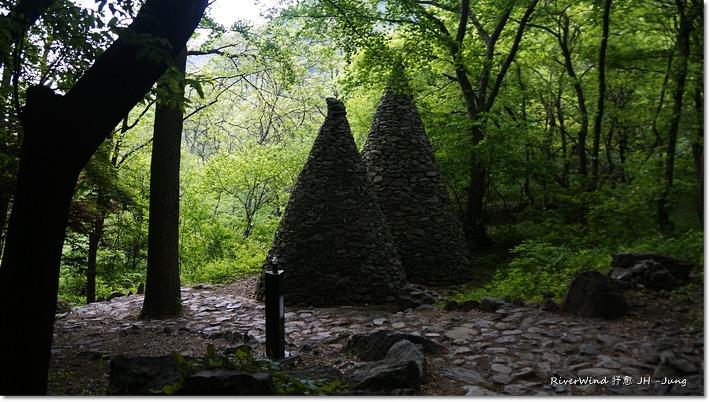 금오산 돌탑