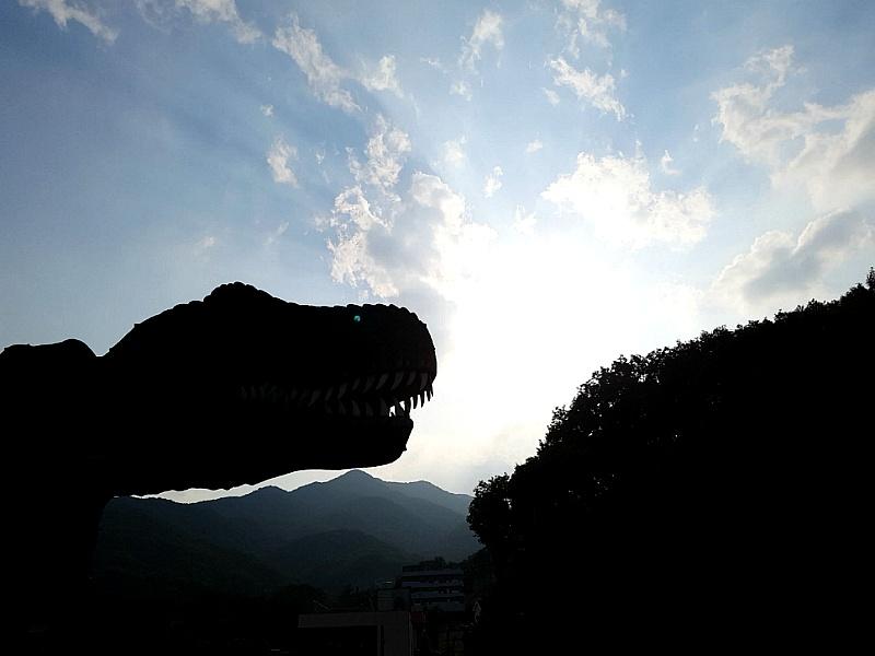 용인의 쥬라기공원 다이노스타의 발자국